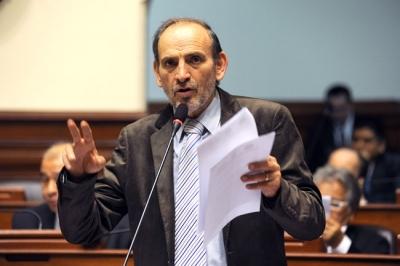 Yehude Simon Presidente del Partido Humanista Peruano  Congresista de la Republica